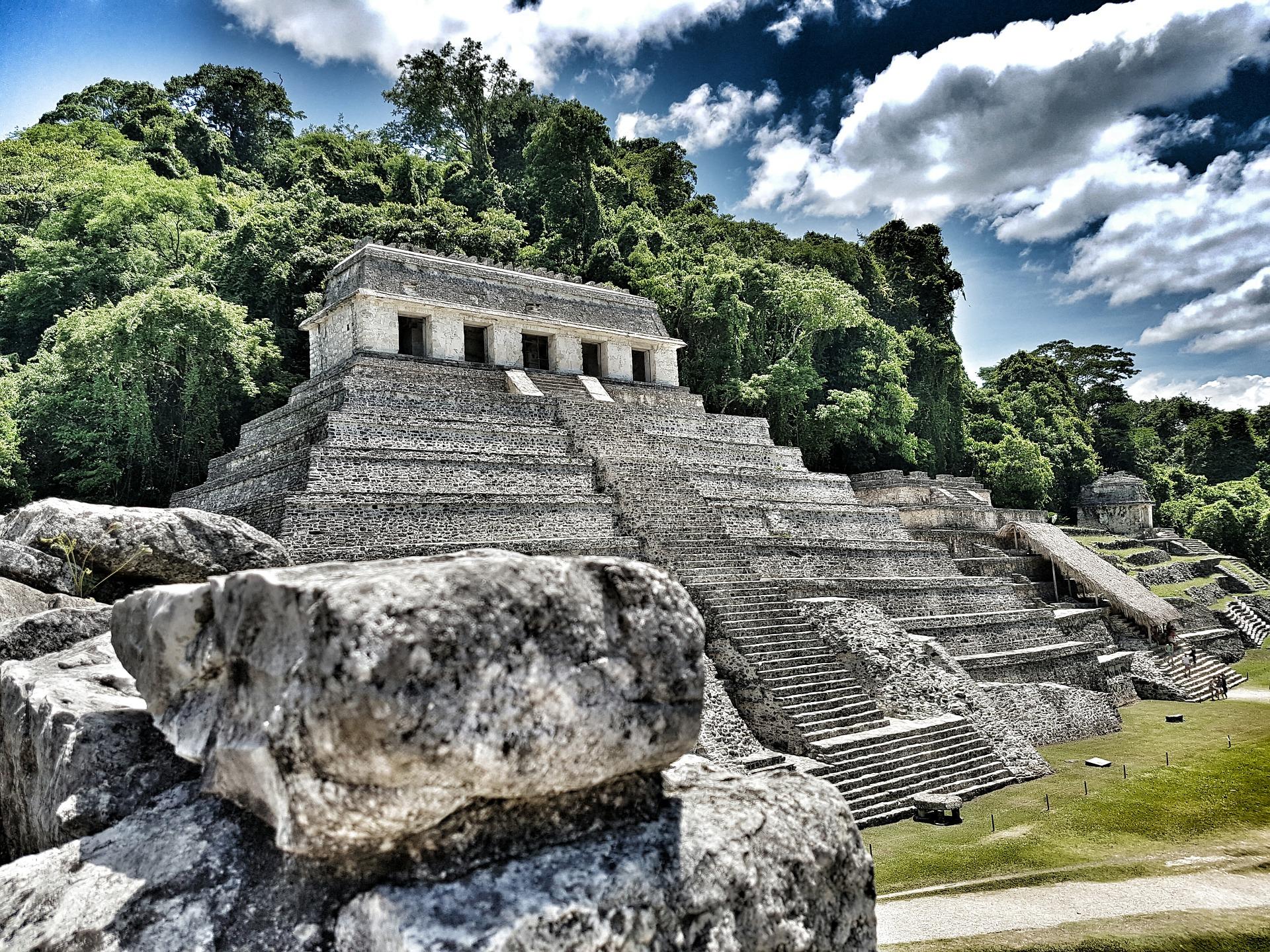 Tierra Maya