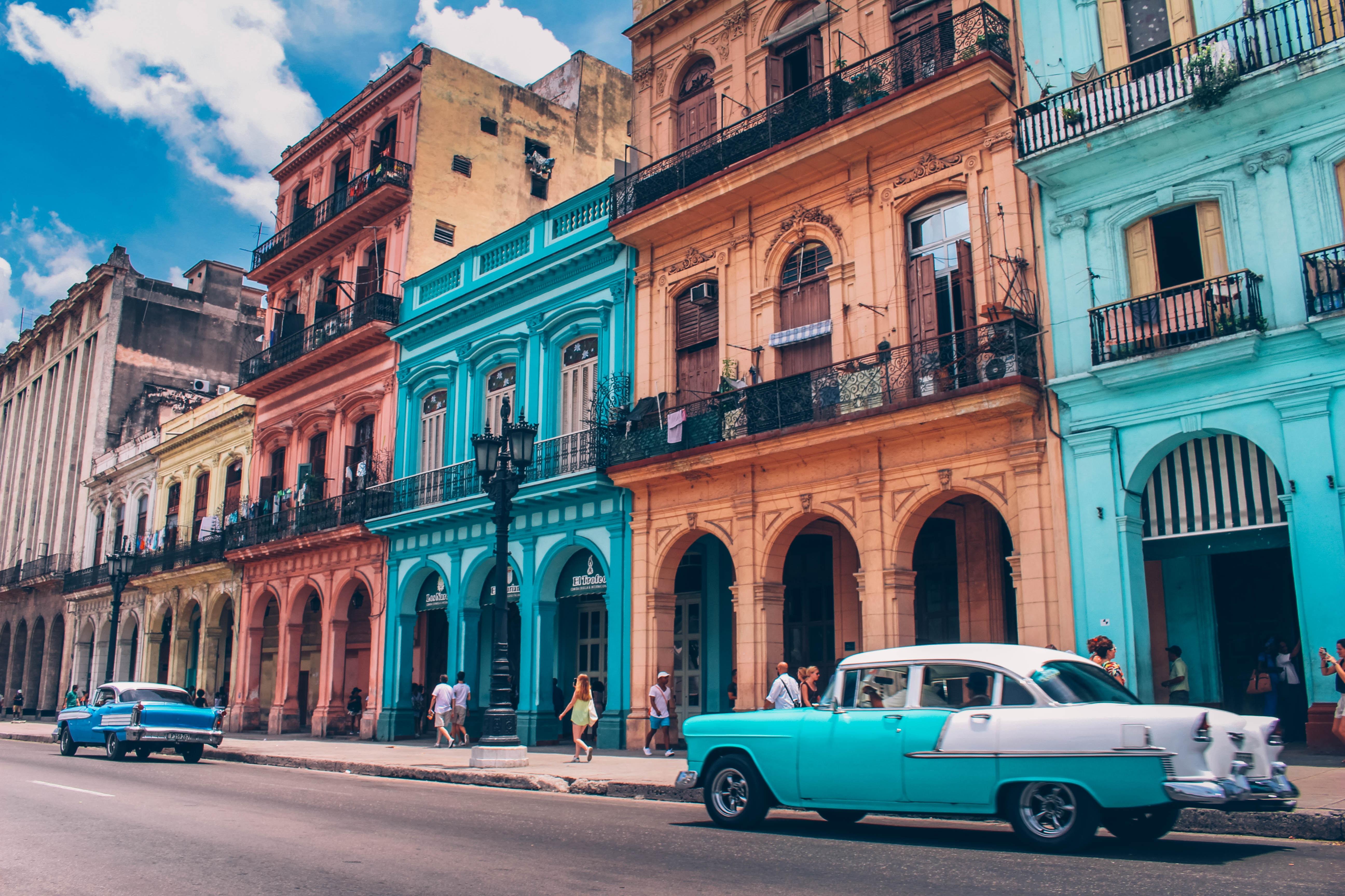 GRUPO MÍNIMO 10 PAX Cuba Central en Casas Coloniales con Varadero