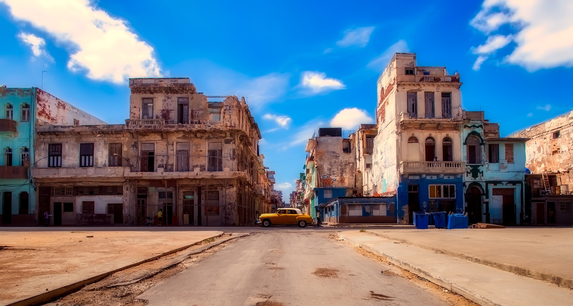 Combinado Habana/Cayo Santa Maria o Cayo Ensenachos/Habana - traslados terrestres - a la carta (Caribe Premium VIP)